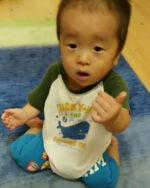 【生後0か月~1歳半】「おっぱい」のベビーサインを見せてみよう!コツは?
