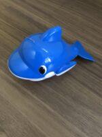 【2-3歳】お風呂で楽しく指先トレーニング☆100均でゲットできるイルカの玩具は子どもでもねじを回しやすかった♪
